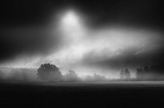 _chiaroscuro__by_janek_sedlar-d5h6gml