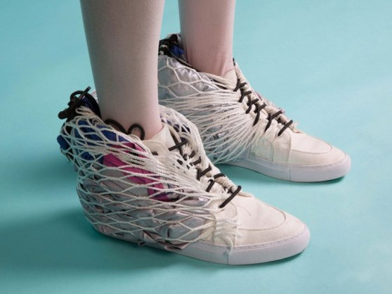sibling-shoe-habitat-designboom-01